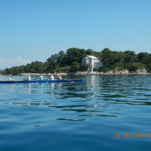 5aVierer-vor-bewohnter-Insel